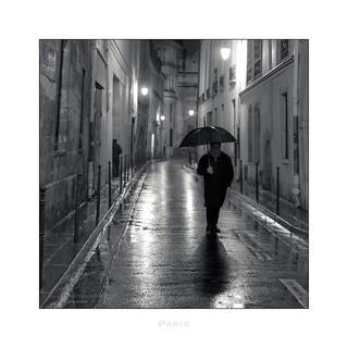 Paris n°165 - Un soir dans la rue Aubriot