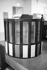 Cray-2 (busy.pochi) Tags: 135 24x36 35mm 400iso bw kentmere400 nb nationphotolab ultron voigtländer voigtländerbessar voigtländerultron35mmf17 analog argentique film pellicule muséedesartsetmétiers cnam computer cray museum ltm m39