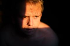 * (Johan Gustavsson) Tags: self selfportrait selfportait självporträtt me indoor windowlight fönsterljus sun morninglight winter vinter december shadows skuggor ansikte face shoulders axlar johangustavsson