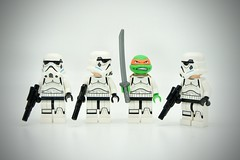 LEGO Stormtrooper Michelangelo (Pasq67) Tags: lego minifigs minifig minifigure minifigures afol toy toys flickr legography pasq67 starwars stormtrooper 2017 france michelangelo teenage mutant ninja turtles teenagemutantninjaturtles lestortuesninja tortues tmnt