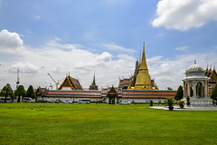 Bangkok, The Grand Palace Complex (Anoop Negi) Tags: bangkok thailand grand palace architecture outdoor blue skies clouds green grass golden orbs spires anoop negi ezee123