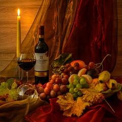 Ich wünsche einen guten Rutsch ins neue Jahr ! (berndtolksdorf1) Tags: stillleben wein obst kerze stimmung dekoriert