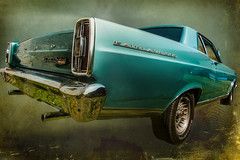 Ford Fairlane 500 (madmtbmax) Tags: ford fairlane 500 nikon d700 american car beauty classic auto vintage retro hobby vehicle green 1960s 60s us usa steel chrome tail light bumper rear view muscle tyre felgen wheel logo emblem badge montage photoshopped background luminar2018
