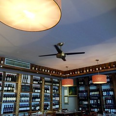 Dunne & Crescenzi (David Abresparr) Tags: restaurant fan fläkt wines vin viner dunnecrescenzi dublin krog lamp lampa