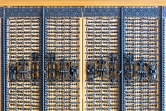 Barcelona - Mallorca 401 80 (Arnim Schulz) Tags: modernisme modernismo barcelona artnouveau stilefloreale jugendstil cataluña catalunya catalonia katalonien arquitectura architecture architektur spanien spain espagne españa espanya belleepoque fer castiron ferdefonte hierro ferro iron eisen gusseisen schmiedeeisen forjado forgé wrought forged art arte kunst baukunst ferronnerie gaudí fence liberty textur texture muster textura decoración dekoration deko deco ornament ornamento