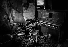the song remains the same...(at silent hill farm) (Aces & Eights Photography) Tags: abandoned abandonment decay ruraldecay oldhouse abandonedhouse oldpiano abandonedpiano