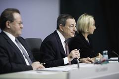 ECB Press Conference - 14 December 2017 (European Central Bank) Tags: 12 2017 ecb ecbmainbuilding europeancentralbank frankfurtammain governingcouncilpressconference mariodraghi pressroom vitorconstancio