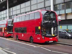 The switch: Abellio London ADL Enviro400MMC YY67GZC (2582) Midland Road London 30/12/17 (TheStanstedTrainspotter) Tags: london bus buses transport public publictransport abellio abelliolondon adl alexander dennis alexanderdennis e400 enviro400 e400mmc enviro400mmc yy67gzc 2582 stpancras stpancrasinternational 45 claphampark midlandroad tfl red transportforlondon
