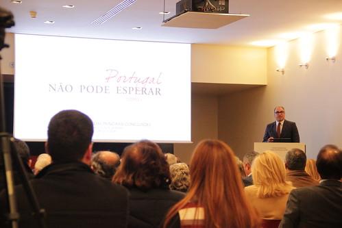 """Apresentação das conclusões do livro """"Portugal não pode esperar – Tomo I""""."""