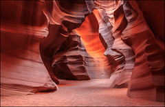 Upper Antelope Canyon (jeanny mueller) Tags: usa southwest arizona page antelopecanyon slotcanyon sandstone stone red landscape
