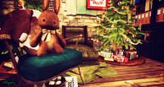 Majesty- Cozy Cottage Christmas Series (Bedroom) (Ebony (Owner Of Majesty)) Tags: kalopsia kalopsiasl laqdecor junk brocante majesty majestysl majestyinteriors majesty2017 holidays holiday majestyholiday majestyholidays holidayseason christmas christmasspirit christmasseason seasons winter secondlife sl homedecor homeandgarden homes home homey decor decorating design interiordecor interiordecorating interiors interiordesign bedroom cottage cottageliving virtual virtualliving virtualservices virtualspaces videogames gaming gamers mesh 3dmesh keke trompeloeil floorplan balaclava
