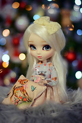 "Smoothie - "" Waiting for Santa Claus "" (Nickocha) Tags: pullip dalhia cinderella dolls doll obitsu wig eyechips lullaby dress"