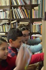 "Biblioteca scolara-Colegiul de Arte Arad 2017 (1) • <a style=""font-size:0.8em;"" href=""http://www.flickr.com/photos/130044747@N07/24141568577/"" target=""_blank"">View on Flickr</a>"