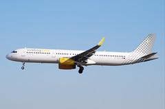 EC-MLD A321 Vueling (corrydave) Tags: 7105 a321 vueling barcelona ecmld