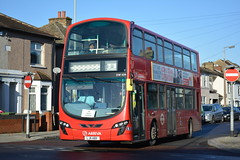 DW439 - 401 Route Learning (Gellico) Tags: arriva london route 401 learning bus dw439