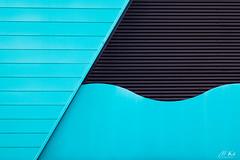 Arras_1217-1-2 (Mich.Ka) Tags: arras abstract abstrait courbe curve façade geometric graphic graphique hautsdefrance industrialdesign ligne line magasin mur pasdecalais shop town urbain urban urbancolor ville