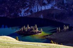 Stockhorn (Guy Goetzinger) Tags: erlenbachimsimmental bern schweiz ch lake lac insel ile isle mountain switzerland goetzinger nikon d500 color daylight herbst alps fall topdown 2018 suiza svizzera 瑞士 ruìshì арти́клем