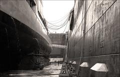 Drydock (TWE42) Tags: dd807 drydock lbnsy longbeach nikonf navy destroyers ussbenner gearingclass