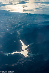 171226 HND-FUK-13.jpg (Bruce Batten) Tags: lighthouses lakesponds locations glitter kanagawa trips occasions oceansbeaches subjects honshu cloudssky atmosphericphenomena aerial reflections japan northpacificocean sagamiharashi kanagawaken jp businessresearchtrips bridges rivers transportationinfrastructure