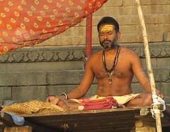 varanasi 2017 (gerben more) Tags: priest ghat beard hairychest hinduism hindu varanasi benares man shirtless india people