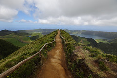 Final approach (Elios.k) Tags: horizontal outdoors people tourist path perspective wideangle lake lagoon lagoaazul setecidades landscape water forest trees nature sky blue clouds cloudy weather hills greenisland volcaniccrater crater ilheverde miradourodabocadoinferno vistapoint viewpoint sea atlanticocean colour color travel travelling june2017 summer vacation canon 5dmkii photography island pontadelgada saomiguel acores azores portugal europe