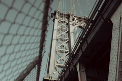 2424C (Panda1339) Tags: 28mm usa manhattanbridge summiluxq manhattan cinematic nyc newyorkcity architecture bridge leicaq