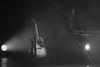 Waiting (Guy Goetzinger) Tags: rot goetzinger stage guitar concert nikon d500 bw konzert sw music bühne scene waiting baker blackandwhite acustic guitarre instrument