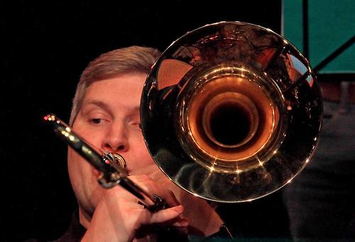 Bart de Lausnay (tb basse), Jazz Station Big Band, Centre culturel d'Ans-Alleur, vendredi 03/11/2017.