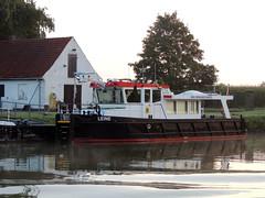 Leine (ENI 05039740) (Parchimer) Tags: schubboot pushboat towboat pousseur pchacz duwboot spintore empurradorfluvial binnenschiff tolómotorhajó pushertug wsa mittellandkanal