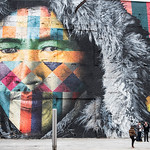 Uno degli straordinari graffiti di #Kobra sul boulevard olimpico di Rio de Janeiro