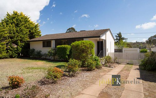 6 Bosch Place, Chifley ACT 2606
