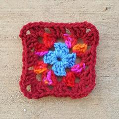 Round 3 of the Roseanne Reboot granny square (crochetbug13) Tags: crochetbug crochetsquares grannysquares crochetblanket crochetafghan crochetthrow roseanne roseannereboot roseannesofablanket crocheted crocheting scrapyarn yarnstash