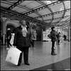 Gent (B) - Sint-Pietersstation - 2017/12/13 (Geert Haelterman) Tags: geert haelterman streetphotography straatfotografie photographiederue photoderue fotografíadecalle fotografiadistrada strassenfotografie candid streetshot monochrome black white blackandwhite zwart wit belgium ghent gent gand ricoh gr