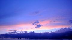 [ Suspended blue ] (Chris Séhenna) Tags: ciel sky cielo bleu blue azul nuages clouds nube crépuscule sunset puestadelsol