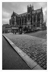Cathédrale de Metz (JM THE BURT) Tags: cathedrale metz eglise noiretblanc