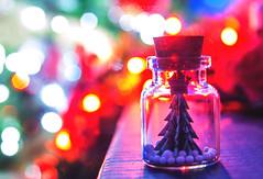 Merry Christmas (Flavia-cyb) Tags: bokeh lights colors tree little bottle christmas noel natale origami kami valentinamanninocreation flickrunited award creative creativity feste albero carta dettaglio macro canon60d