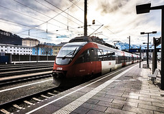 KDSC00890 (Hans-Peter Kurz) Tags: railway railroad reisen railscape eisenbahn zug train transport austria österreich outdoor bahnhof salzburg hbf hauptbahnhof br4024 talent bombardier öbb sbahn