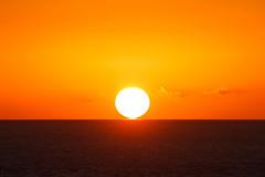 Standfuß (Lilongwe2007) Tags: sonnenaufgang meer la gomera urlaub spanien wasser ozean sonnenschein wetter himmel reflexion