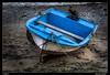 Amarrada (Montse Estaca) Tags: españa spagna spain lanzarote islascanarias canaryislands arrecife barca boat fishingboat fishingport cuerdas amarre mooring ormeggio corda rope color streetphotography urbanlandscape urbanphotography paisajeurbano fotografíaurbana azul azzurro blue bote arena sand sabbia algas alghe agua water acqua