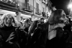 7MZ Scenes (Julián del Nogal) Tags: halloween scary shouts zombies expressions streetphotography