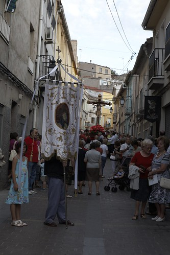 "(2010-06-25) Vía Crucis de bajada - Heliodoro Corbí Sirvent (24) • <a style=""font-size:0.8em;"" href=""http://www.flickr.com/photos/139250327@N06/38345914145/"" target=""_blank"">View on Flickr</a>"