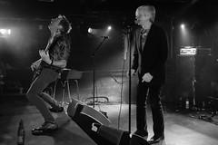 2017/12/05 21h31 Peter Zaremba et Ken Fox (The Fleshtones), concert à l'Iboat (Valéry Hugotte) Tags: 24105 bordeaux fleshtones fox iboat kenfox peterzaremba thefleshtones zaremba canon canon5d canon5dmarkiv concert musique noiretblanc rock nouvelleaquitaine france fr