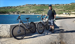 Mistra Bay (Gee & Kay Webb) Tags: mtb mountainbike bike bicycle riding outdoors adventure malta mistralbay giant sky sea water