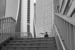 _DSF3415 (c a r a p i e s) Tags: carapies cityscapes 2017 asia japan tokyo shinjuku fujix100 architecture arquitectura newurbanspaces fotografiaurbana urban urbanphotography urbanidad urbvanidad urbvanity urbanphoto streetphoto streetlife streetphotography bw blackwhite blancoynegro