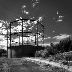 Bendigo Gas Works (phunnyfotos) Tags: phunnyfotos australia victoria vic bendigo gasworks 1860 closed heritage industrial industry structure metal tank gas energy mono bw monotone nikon d750 nikond750 blackwhite kerb