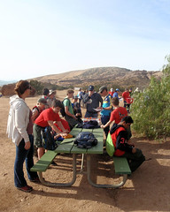 004 Joel Giving Training (saschmitz_earthlink_net) Tags: 2018 california orienteering vasquezrocks aguadulce losangelescounty laoc losangelesorienteeringclub