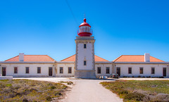 Farol de Cabo Sardao (amcatena) Tags: sea beach lighthouse faro alentejo farol portugal