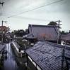 In Yoshino when it rains (Nobusuma) Tags: hasselblad hasselblad500cm zeissplanar 80mm f28 mediumformat 120 film analog japan kansai yoshino rain street streetlamp umbrella roofs fujifilm fuji fujiproh proh ハッセルブラッド 中判写真 フィルム アナログ