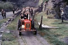 Special train near Pont Fawr (TrainsandTravel) Tags: wales cymru pays de galles narrowgauge voieetroite schmalspurbahn nantllerailway 3ft6in 1067mm pontfawr