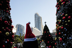 merry x-mas (angkul_sth) Tags: fujifilm x70 xmas santa claus santaclaus christmas street streetphoto streetphotography